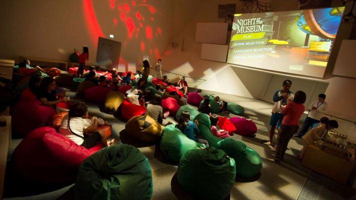 dinosaurs-a-sleepover-with-dinos-artscience-museum